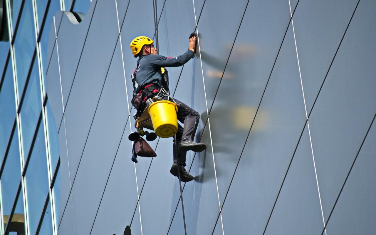 特定技能「ビルクリーニング業」における外国人雇用について|基礎から学ぶ!